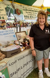 Lorraine Zdeb Owner Love Your Pet LLC.jpg